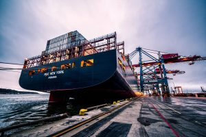 Air Freight Sea Freight Shipping Fast Express shipping الشحن الجوي الشحن البحري البريد السريع